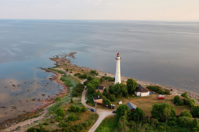 Kihnu Lighthouse